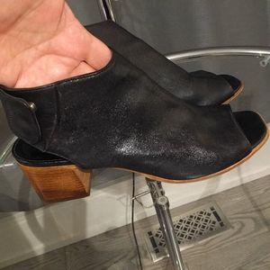 🌺👠l Black genuine leather shoes by Vero cuolo